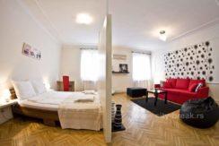 city-break-apartments-apartment-radio-funky-14