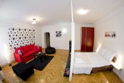 city-break-apartments-apartment-radio-funky-17