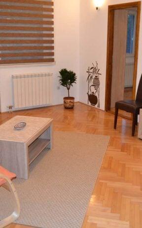 Apartment Zvezda 2